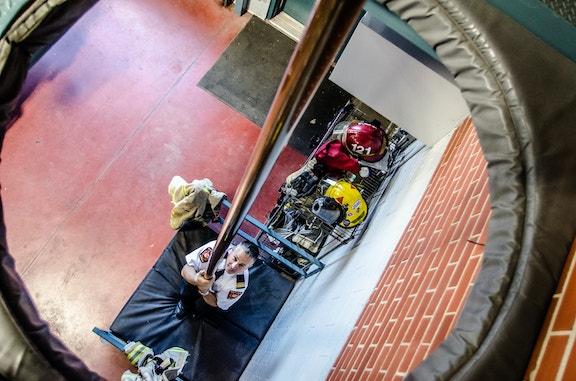 COMM 2015 Securite incendie Caserne 1 poteau garage 5