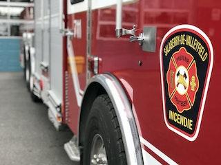 COMM 2020 Incendie Camion Echelle Plateforme Pompier Caserne 14