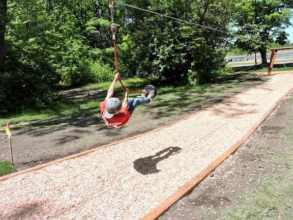 SRC 2018 jeux tyrolienne enfant parc regional des Iles de Saint Timothee 8